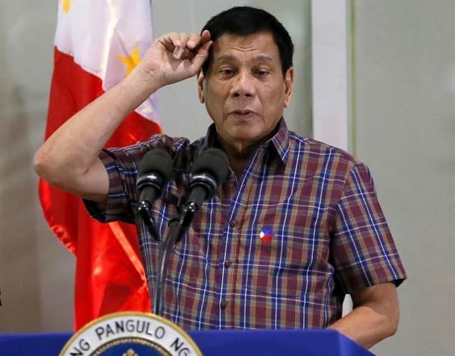 菲律宾总统说  每5个美国人里有3个白痴