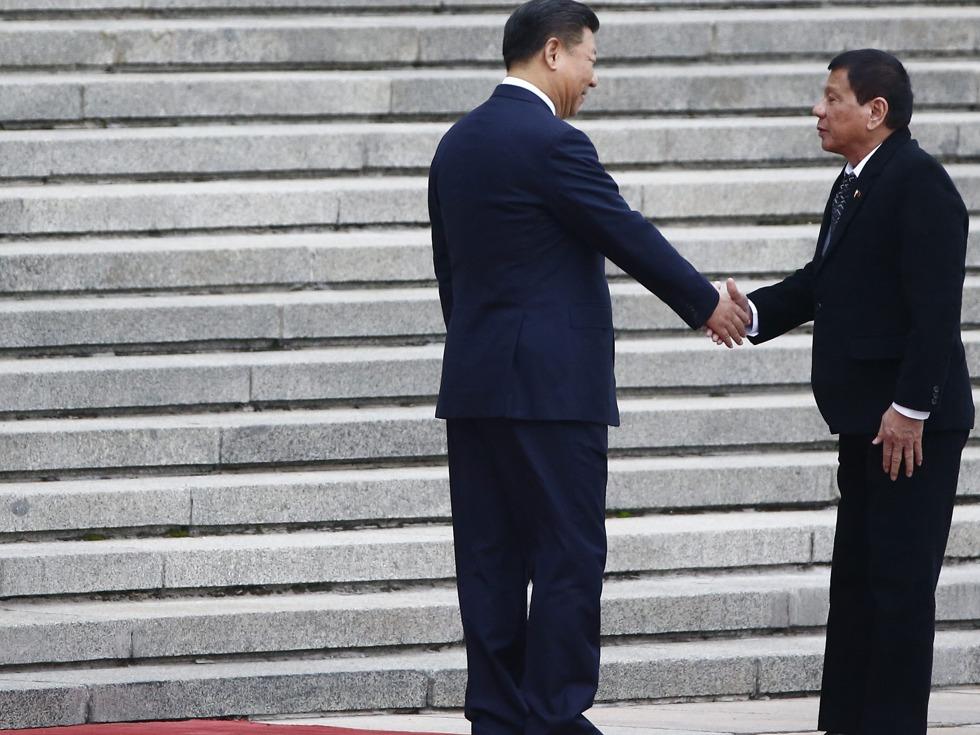 要挟北京?杜特尔特提南海仲裁邀美介入