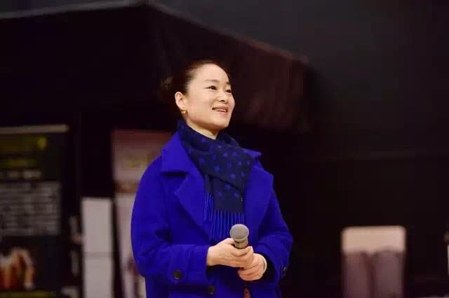 她是第一位参选BC省议员的大陆华裔女性