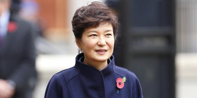 朴槿惠还在喊冤:闺蜜门指控是假的