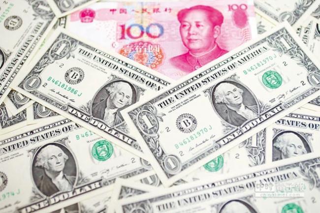 中国监管层发威 离岸人币暴涨700点