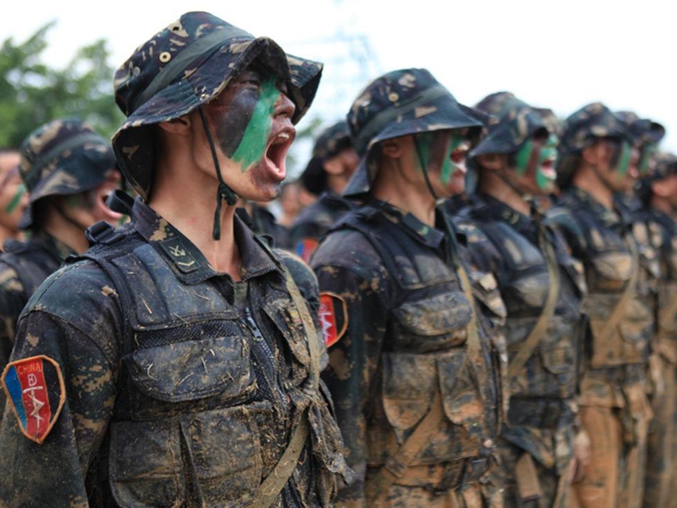 阿富汗东突猖獗 中国解放军越境助战美军