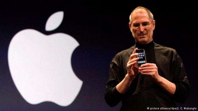 iPhone十年了 乔布斯改变世界的那部手机