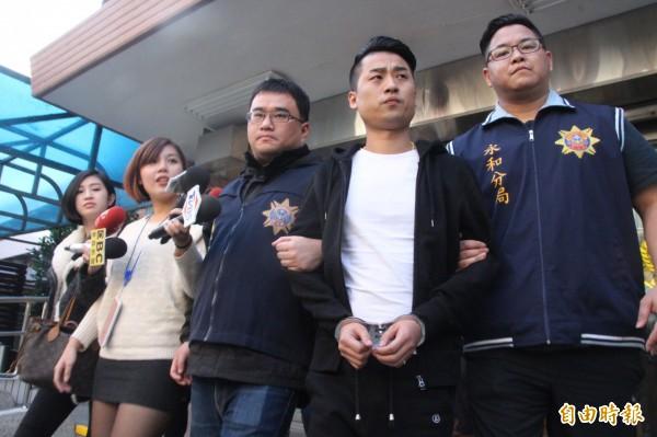 台黑帮份子因殴打访问的港独人士被法办