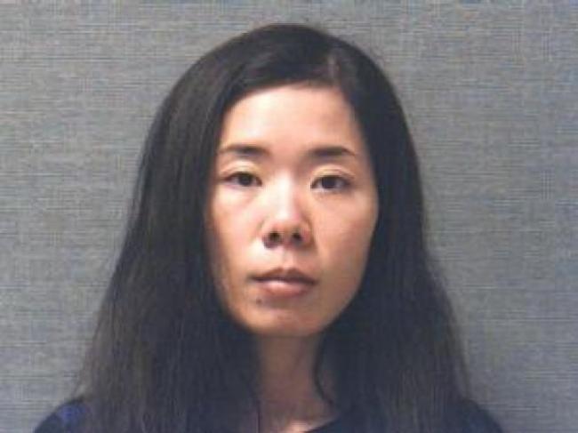 华裔5岁女童陈尸自家中餐馆 母涉谋杀