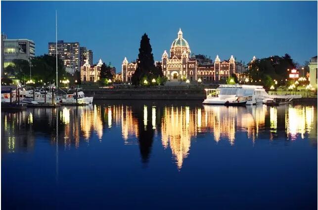加拿大竟然有这样一个城市四季如春