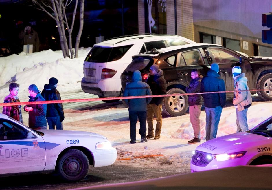加拿大发生恐袭:蒙面枪手闯清真寺  6死