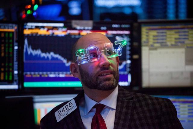 华尔街高层悄悄大举卖股  川普行情大变
