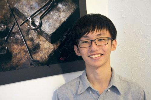 """15岁台湾高中""""坏小孩"""" 在硅谷改变人生"""