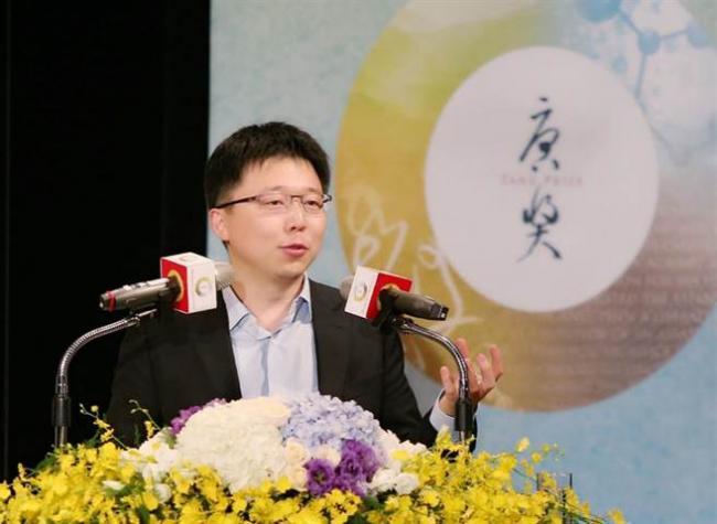 基因学权威 MIT最年轻终身教授张锋