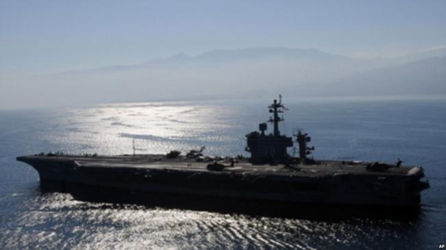 美航母或逼近中国人造岛礁   中国警告