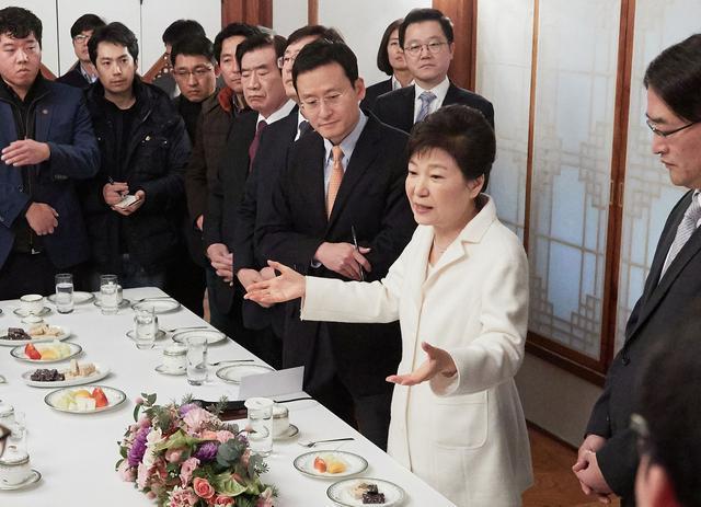 朴槿惠使大招最后一搏 仅需2票就能反杀
