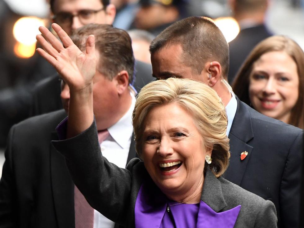 美网站虚拟二元世界:希拉里当选总统