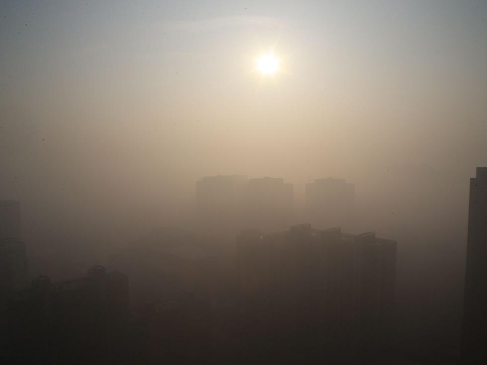 尴尬 两会刚过京冀再现重度雾霾