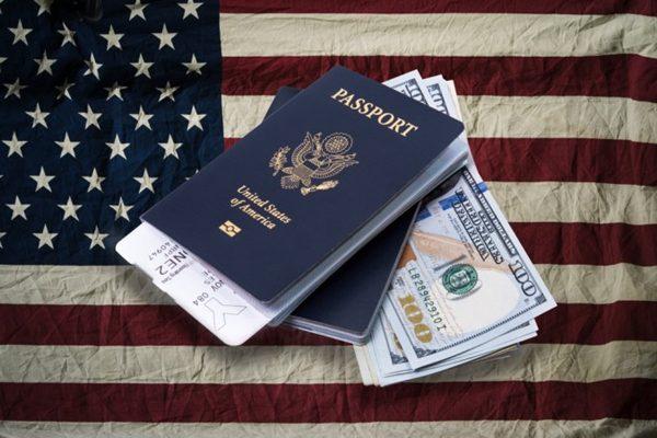 持假护照来美生娃 华裔女被要求自动离境