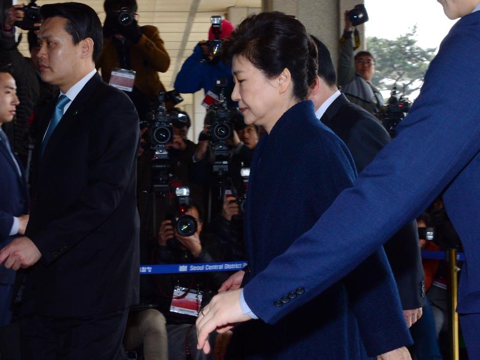 韩检方讯问结束 指控被朴槿惠全面否认