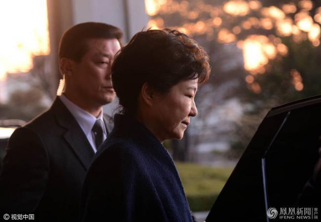 韩检察总长申请拘捕朴槿惠 可能被判5年
