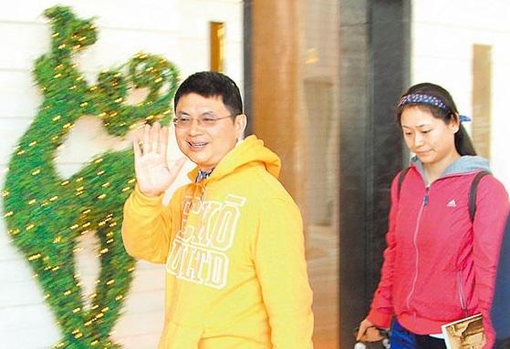 肖建华想10亿搞定被拒 涉案证人或上千