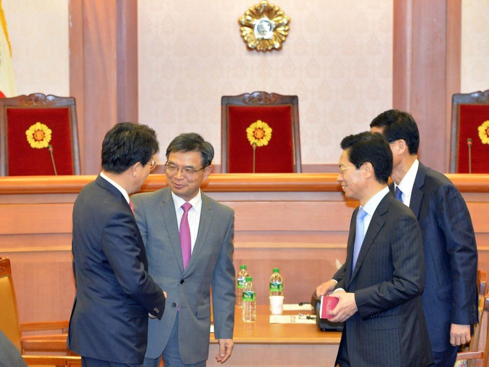 韩国检方27日正式决定提请批捕朴槿惠