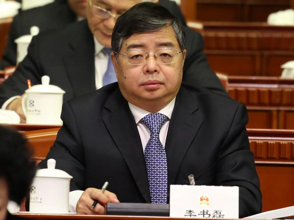 比胡春华年轻孔庆东同学 中共政坛现新星