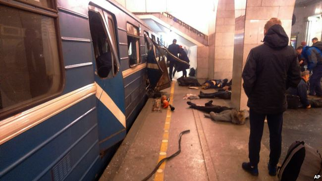 圣彼得堡地铁发生爆炸 普京:不排除恐袭