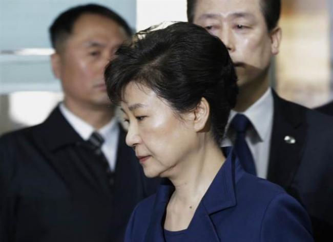 检方宣布审判朴槿惠日期   或判10年徒刑