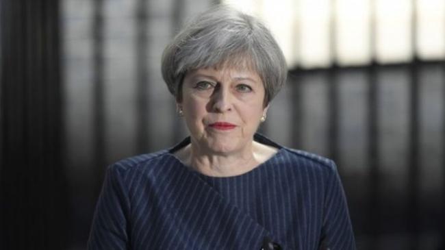 首相特里莎突然宣布提前举行大选