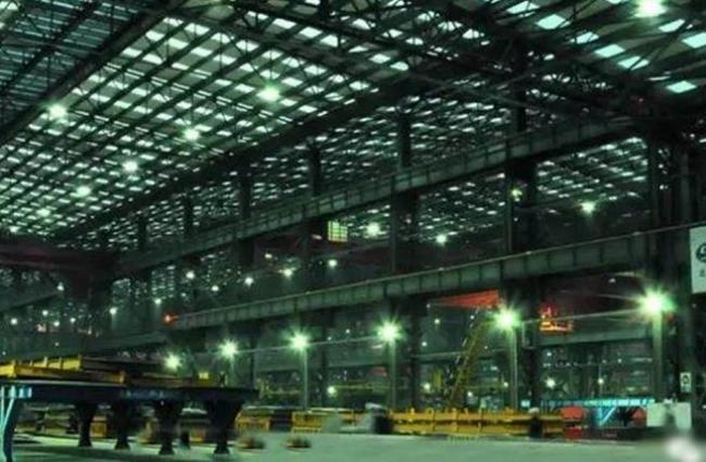 中国巨无霸型核潜艇工厂 首次曝光