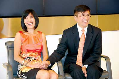 骆家辉妻子披露离婚后鲜为人知细节