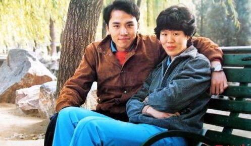 父爱如山:郎平前夫白帆整整15年当爹当娘,待女儿成年才再婚