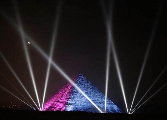 他花3亿元租埃及金字塔求婚