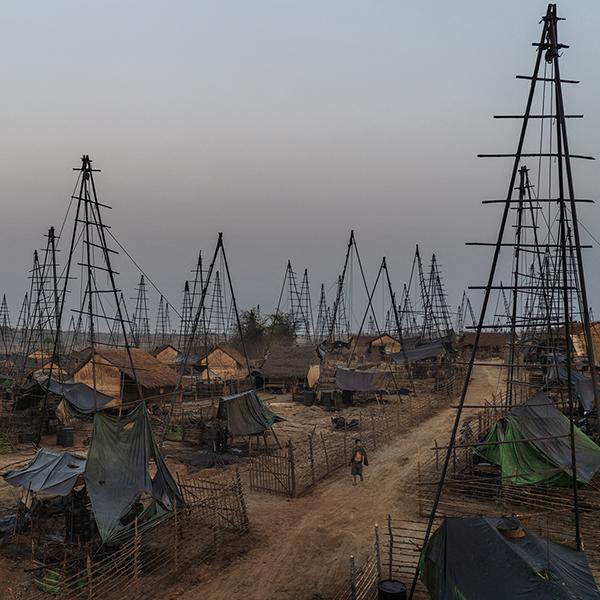 发大财!速来缅甸私人油田开采
