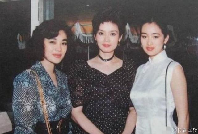 潘虹巩俐合影旧照:30年前美得不像话