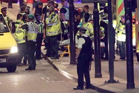 恐袭频发 为什么英国警察不配枪巡逻?