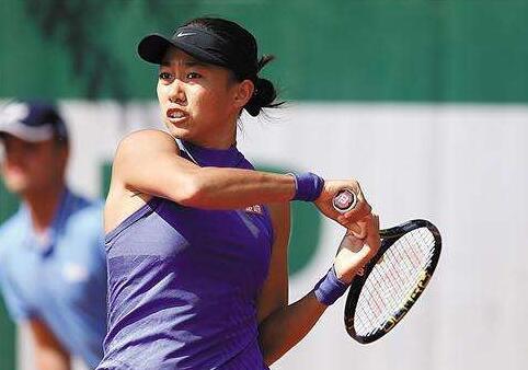 中国网球一姐与美联航冲突 登机牌被撕烂