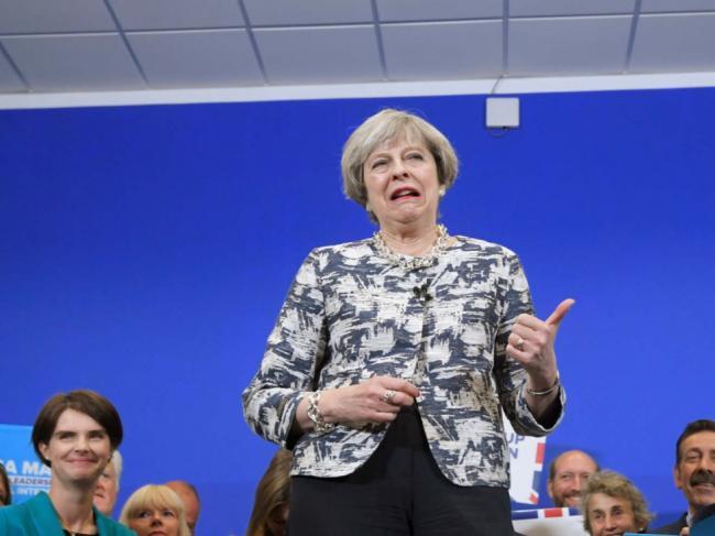 女首相赌博失利  英国脱欧谈判难免延迟
