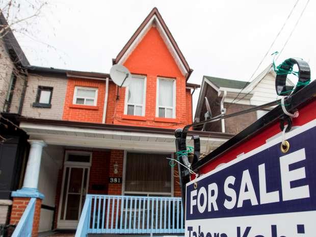 加拿大房价5年跌40%    劝年轻人别买房
