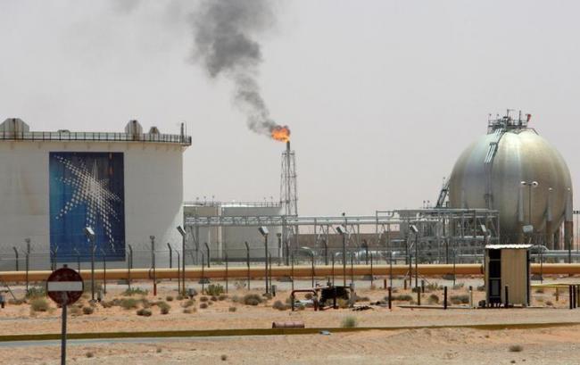 沙特费力减产 但抵不过OPEC更多原油出口