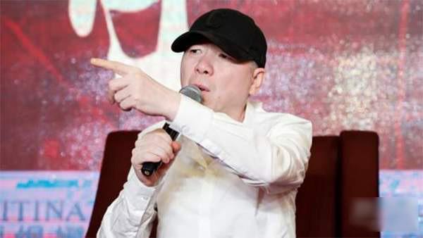 哈!冯小刚怼垃圾观众 人民日报怼冯小刚