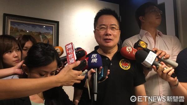 国民党政策委员会执行长辞职去大陆发展