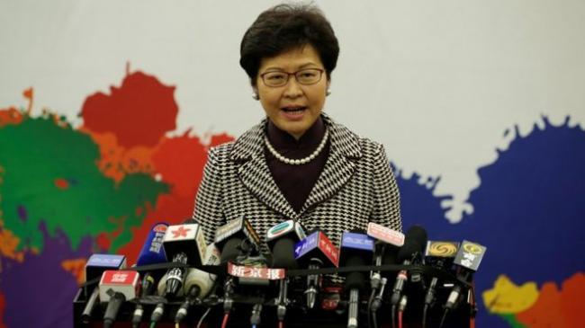 香港女特首超严肃:我不是北京手中的木偶