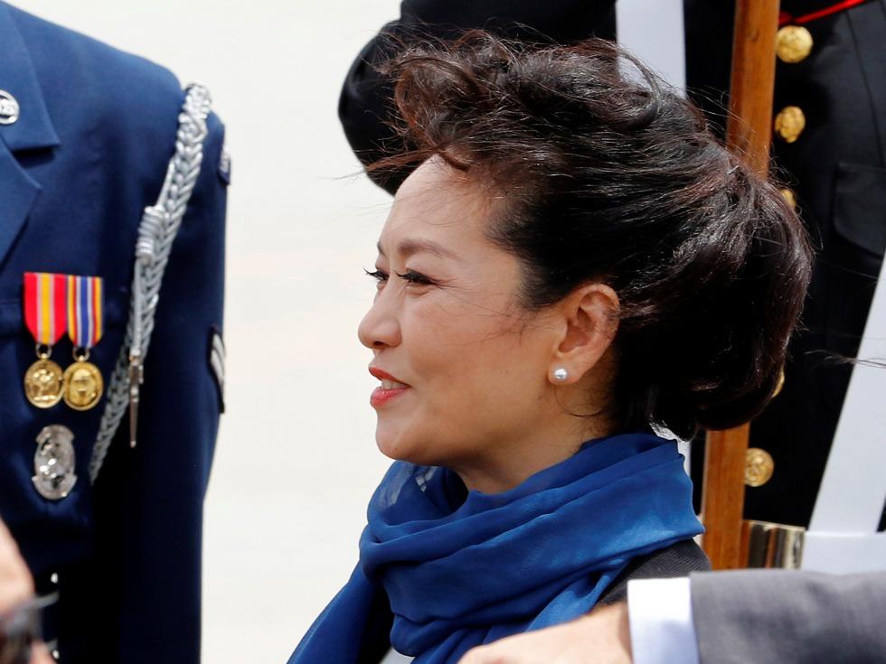 传彭丽媛也将在香港回归20周年之际访港