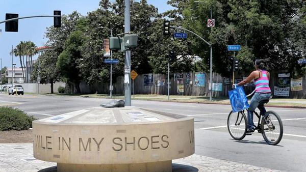 """洛杉矶市拟命名""""奥巴马大道"""""""
