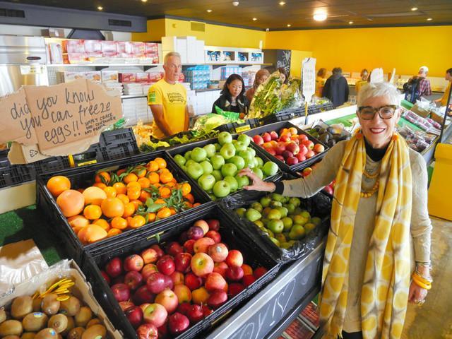 全球首家免费超市  吃的随便拿不要钱