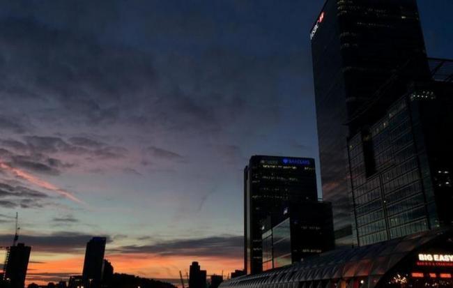 英国和欧盟纠结分手 金融领域谁会遭殃?