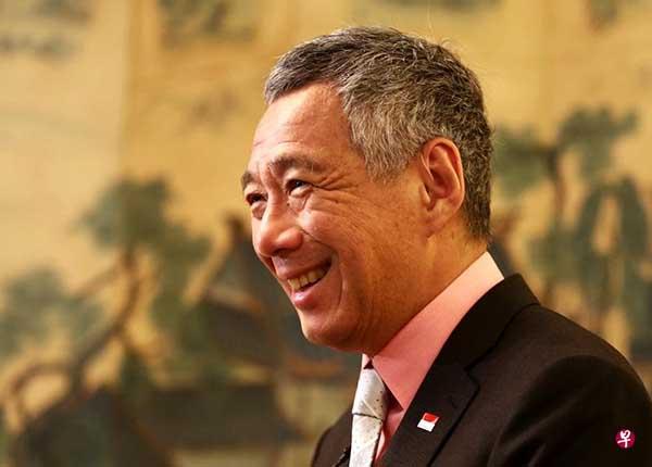 新加坡要做中国和美国的好朋友