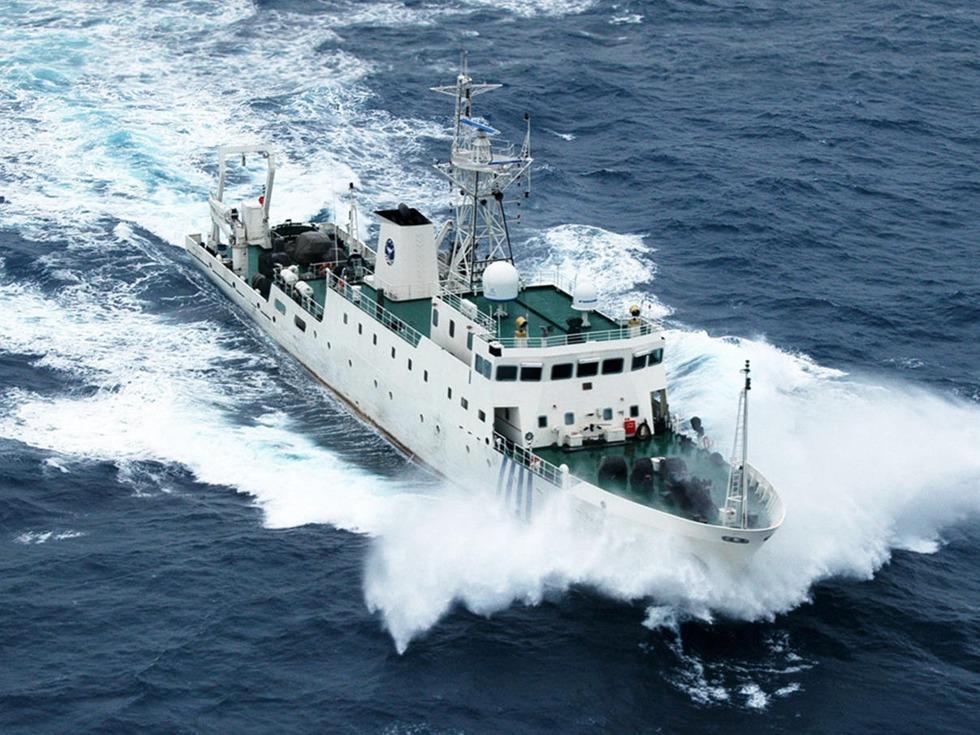 中国海警船首入九州领海 日当局不抗议