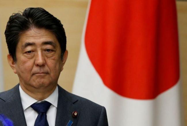 日本首相安倍丑闻缠身  支持率再次暴跌
