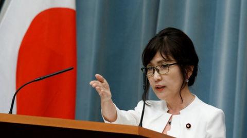 日本防卫大臣稻田朋美决定辞职
