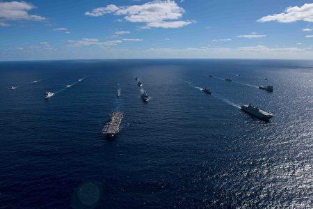USS-LHD-6-Bonhamme-Richard-fleet-450x300.jpg